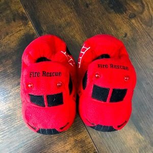 Stride right slippers toddler